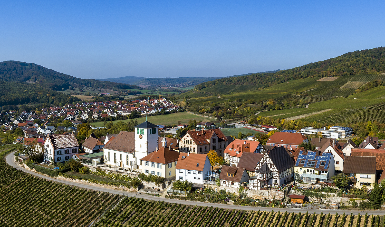 Hohenhaslach und Blick ins Kirbachtal