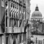Palazzo Cavalli-Franchetti und Basilica di Santa Maria della Salute.