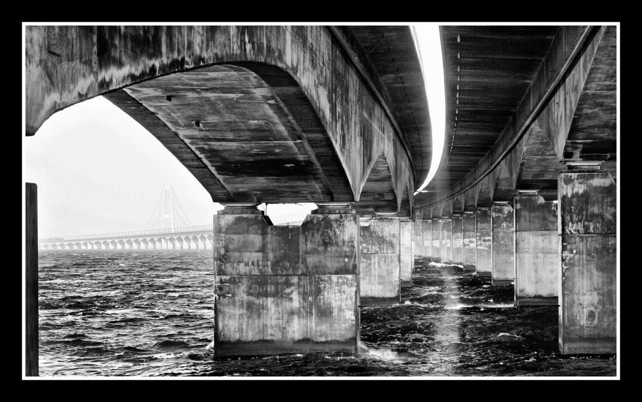 Dänemark - Storebæltsbroen.