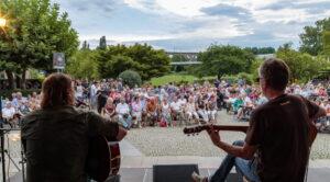 Bietigheim: Bürgergartenkonzert, Starkers (im Bild) und Acoustic Groove, KSK Best of Bands, Bürgergarten.
