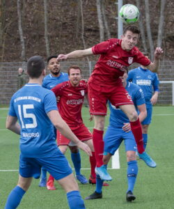 Fußball: FV Löchgau - Germania Bietigheim